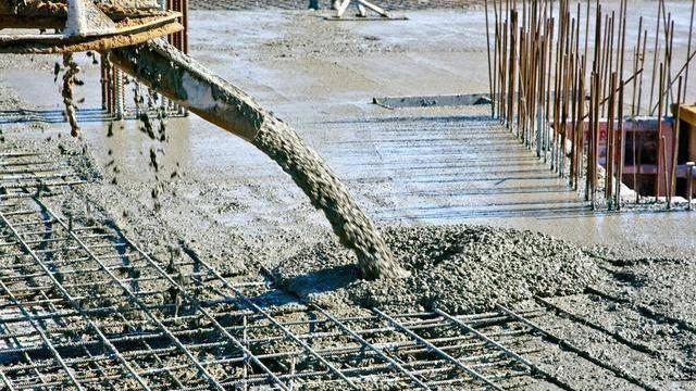 泵送混凝土为什么优先选用中砂?